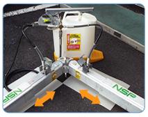 分岐ホースを使用することで1台のハンドポンプで2本を同時に伸縮可能