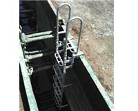 アルミ垂直梯子施工例